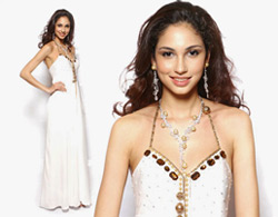 Deborah Priya Henry, Miss Malaysia World 2007 in one of Jovian's elegant designs