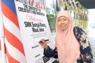 SMK Sungai Abong Johor students explore opportunities of higher education at Limkokwing