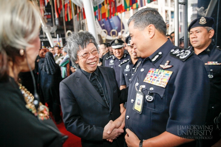 Limkokwing University presents international awards to the Royal Malaysia Police