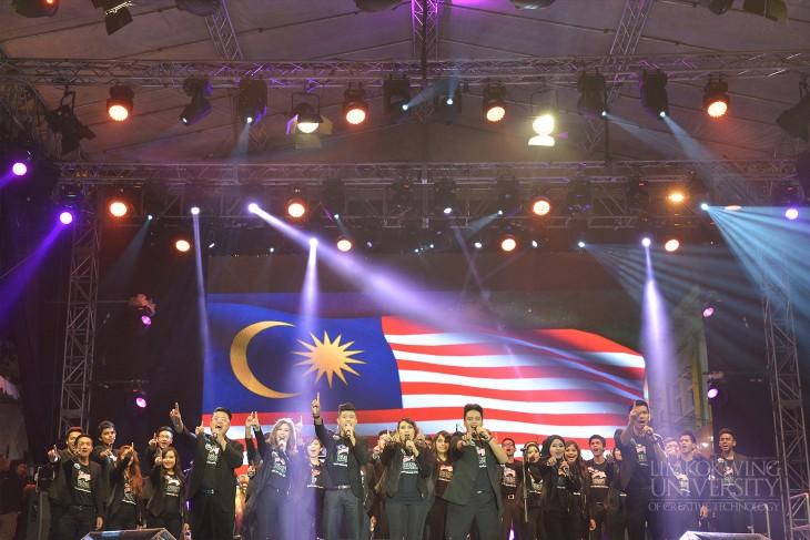 Limkokwing 1Malaysia Choir opens the 57th Merdeka Eve celebration ...
