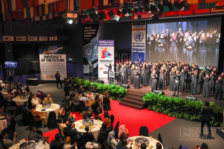 Tan Sri Dr. Lim Kok Wing receives Commonwealth Champions Award